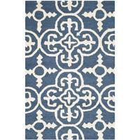 Safavieh Handmade Moroccan Cambridge Navy Wool Rug - 2' X 3'