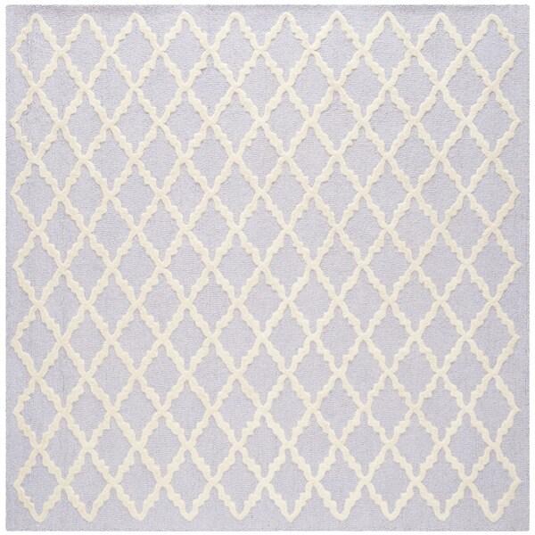 Safavieh Handmade Cambridge Moroccan Lavander Diamond-Patterned Wool Rug (6' Square)