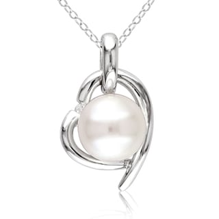 Miadora Sterling Silver Pearl and Diamond Heart Necklace (8.5-9 mm)