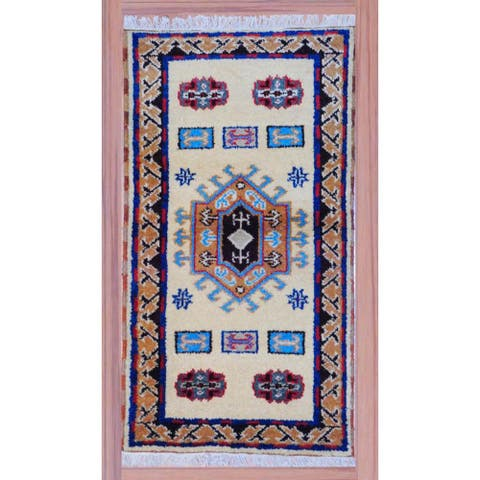 Handmade Kazak Wool Rug (India) - 2'2 x 4'