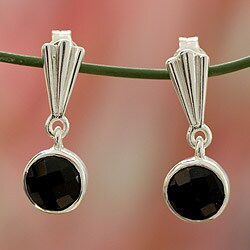Handmade Sterling Silver 'Mumbai Serenade' Onyx Earrings (India)