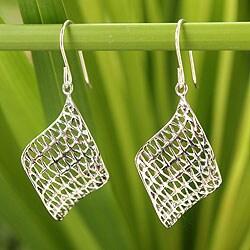 Handmade Sterling Silver 'Love Net' Earrings (Thailand)