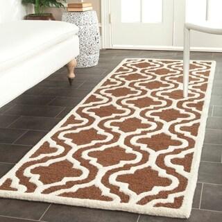 "Safavieh Handmade Cambridge Moroccan Dark Brown Wool Oriental Rug (2'6"" x 12')"