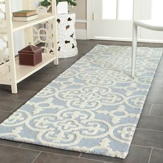"Safavieh Handmade Cambridge Moroccan Light Blue Wool Oriental Rug (2'6"" x 12')"