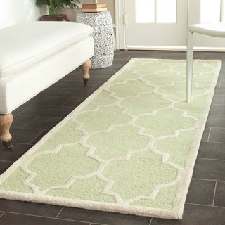 Safavieh Handmade Cambridge Moroccan Light Green Oriental Wool Rug (2'6 x 12')