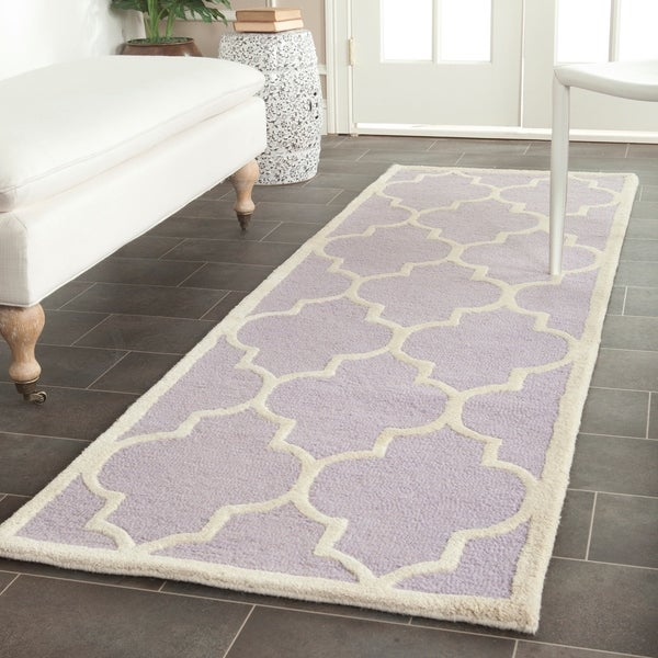 Safavieh Handmade Cambridge Moroccan Lavander Indoor Wool Rug - 2'6 x 12'