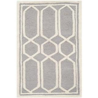 Safavieh Contemporary Handmade Cambridge Moroccan Silver Wool Rug (2' x 3')