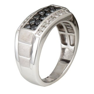 Unending Love Men's Sterling Silver 1 ctw Black and White Diamond ( I-J Color, I2-I3 Clarity ) Band