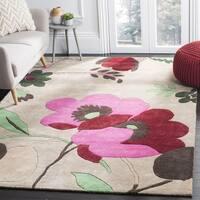 Safavieh Handmade Bella Sand/ Multi Wool Rug - 5' x 5' square