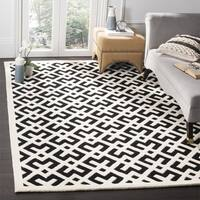 Safavieh Handmade Moroccan Black Indoor Wool Rug - 7' Square