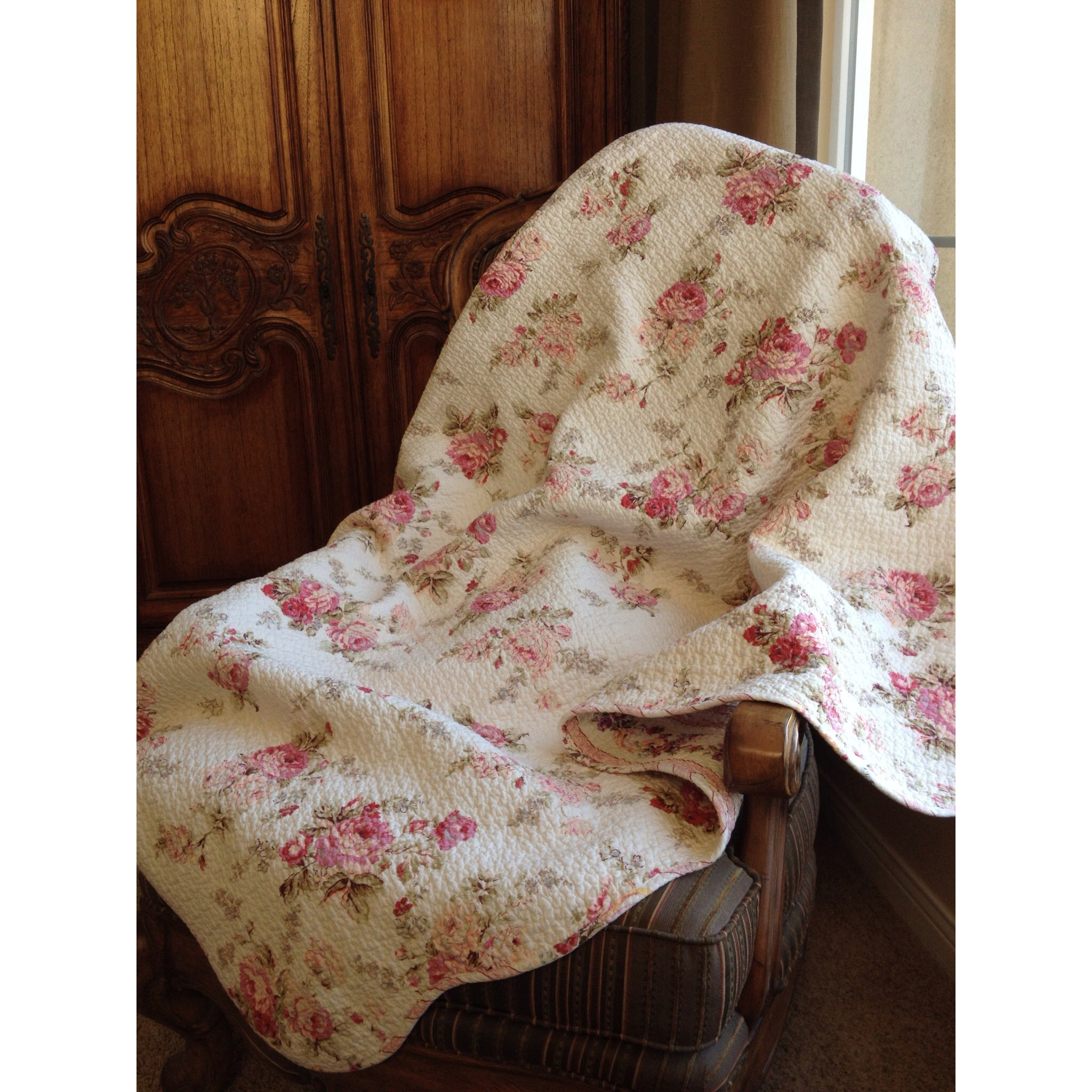 Chic Shabby Spring Rose Quilted Throw, Pink (Cotton, Floral)