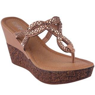 Refresh by Beston Women's 'RANDY-07' Wedge Flip Flop Sandals