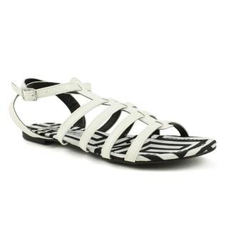 Mark & Maddux Women's 'AZTEC-01' White Tribal Print Flat Sandals