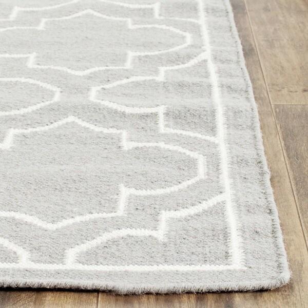 Safavieh Hand-woven Moroccan Reversible Dhurrie Grey Wool Rug - 8' x 10'