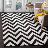 Safavieh Handmade Moroccan Cambridge Chevron Black Wool Rug - 5' x 8'