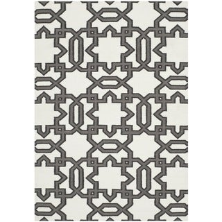 Safavieh Transitional Handwoven Moroccan Reversible Dhurrie Ivory Wool Rug (9' x 12')