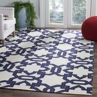 Safavieh Handwoven Moroccan Reversible Dhurrie Ivory Pure Wool Rug - 5' x 8'