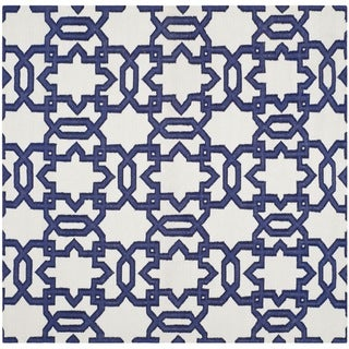 Safavieh Handwoven Moroccan Reversible Dhurrie Ivory Transitional Wool Rug (6' Square)