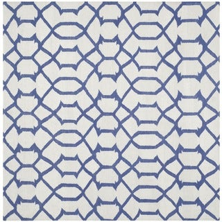Safavieh Hand-woven Moroccan Reversible Dhurrie Ivory Geometric Wool Rug (6' Square)
