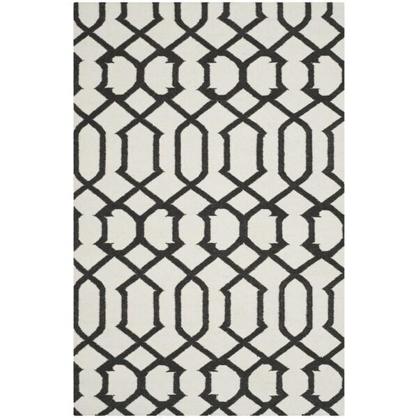 Safavieh Handwoven Moroccan Reversible Dhurrie Ivory Wool Area Rug - 9' x 12'