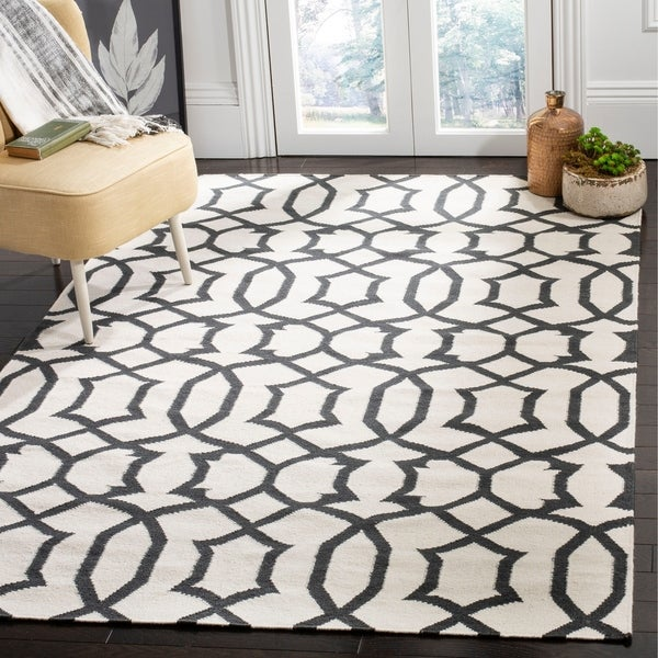 Safavieh Handwoven Moroccan Reversible Dhurrie Ivory Wool Area Rug - 9' x 12'