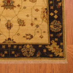 Indo Hand-knotted Oushak Ivory/ Brown Wool Rug (3'10 x 5'10)