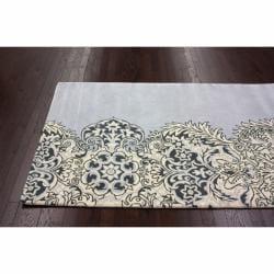 nuLOOM Handmade Damask Grey Wool Rug (7'6 x 9'6) - Thumbnail 1