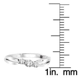 14k White Gold 1/4ct White Diamond Three-stone Ring (I1-I2) - Thumbnail 1