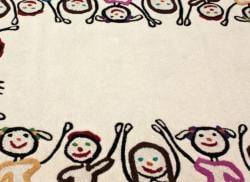 nuLOOM Handmade Kids Playing Ivory Wool Rug (3'6 x 5'6)