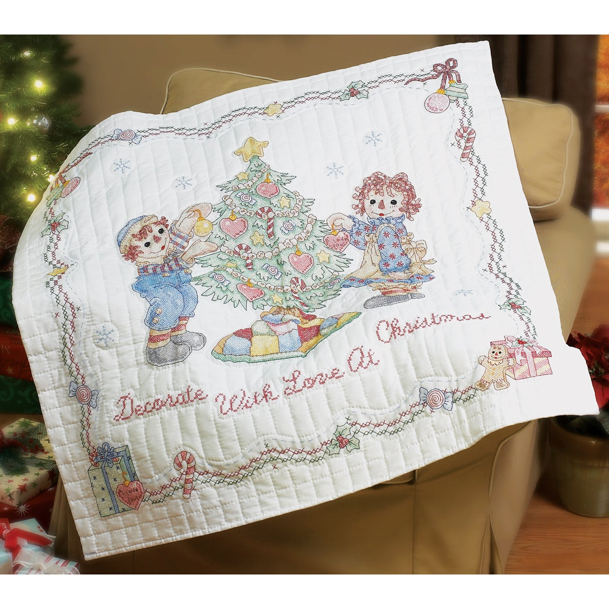 """Raggedy Ann Decorate With Love Lap Quilt Stamped Cross Stitc-45""""X45"""""""