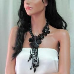 Floral Perfection Black Agate/ Freshwater Pearl Necklace (Thailand) - Thumbnail 2