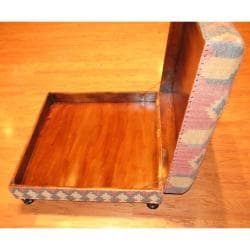 Handmade Kilim-upholstered Storage Footstool Ottoman (India) - Thumbnail 2