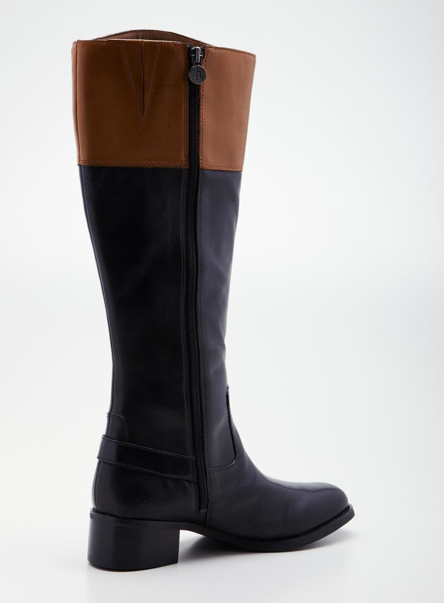 Etienne Aigner Chip Riding Boot A