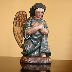Handmade Pinewood 'Angel of Gratitude' Sculpture (Guatemala)