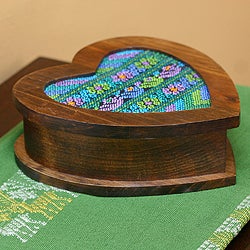Handcrafted Alder Wood Cotton 'Heart of Blue' Jewelry Box (Guatemala)