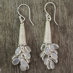 Handmade Sterling Silver 'Bouquet of Love' Moonstone Earrings (India)