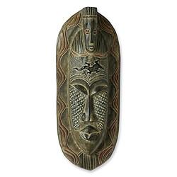 Handcrafted Sese Wood Aluminum 'Playful Lizard' African Mask (Ghana)