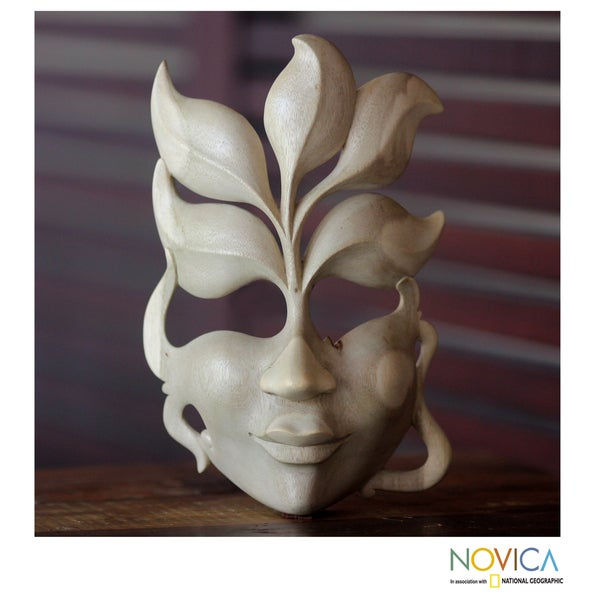 Handcrafted Hibiscus Wood 'Face of Nature' Mask (Indonesia)