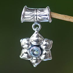 Sterling Silver 'Narcissus of December' Pendant (Indonesia)
