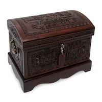 Handmade Inca Domain Mohena Wood and Leather Jewelry Box (Peru)