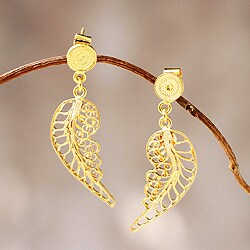 Handmade Gold Overlay 'Angel Wings' Filigree Earrings (Peru)