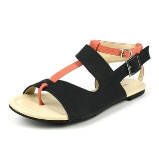 Mark & Maddux Women's 'CONI-05' Black Color-block Flat Sandals