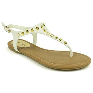 Mark & Maddux Women's 'WALTER-01' White Pointed Stud T-strap Flat Sandals