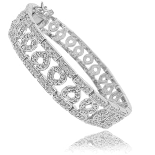 Finesque Silverplated 1ct TDW Diamond Heart Bracelet