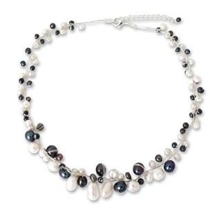 Handmade Pearl 'Monochrome Harmony' Necklace (3-8 mm) (Thailand)