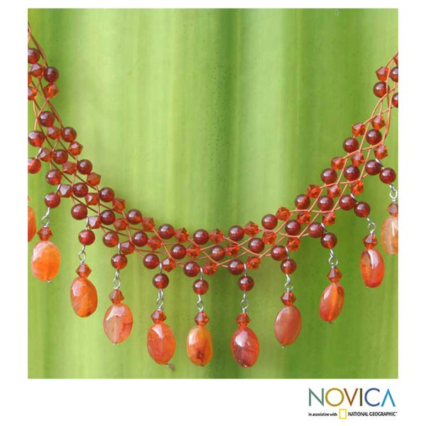 Handmade Stainless Steel 'Labyrinth' Carnelian Necklace (Thailand)
