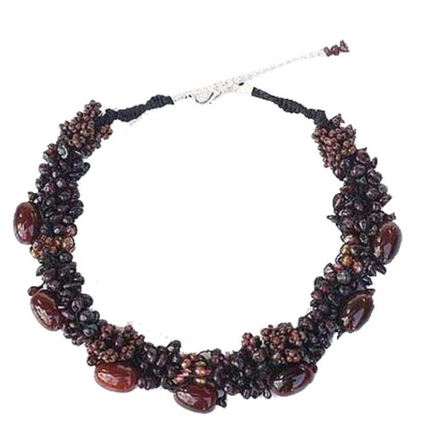 Handmade Garnet and Agate 'Gush' Necklace (Thailand)