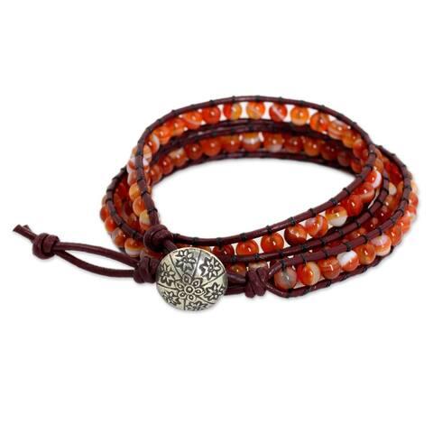 Handmade Silver Leather 'Forest Flower' Carnelian Bracelet (Thailand)