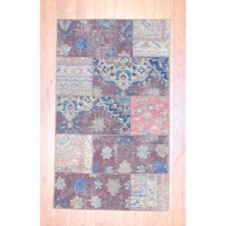 Herat Oriental Pak Persian Hand-knotted Patchwork Multi-colored Wool Area Rug (2'11 x 4'11)