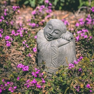 Superieur Volcanic Stone Resting Jizo Statuette, Handmade In Indonesia